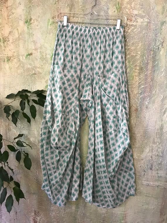 Grass green Swiss cross loose weave cotton lagenlook pant