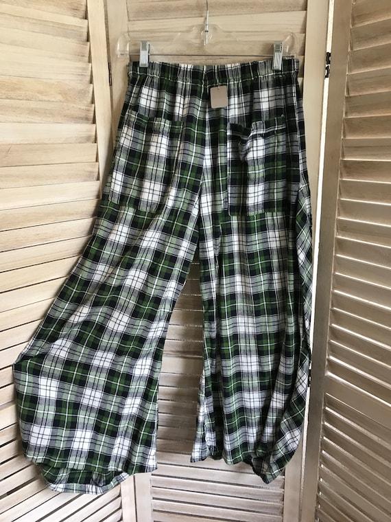 Green plaid lagenlook pants