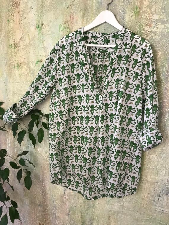 The Alexandra pullover shirt in green monkey  blockprint   cotton voile
