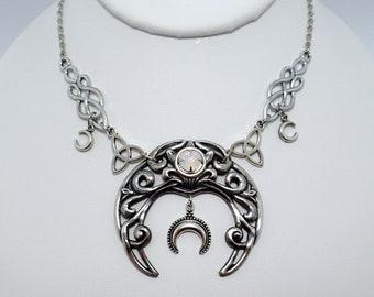 Moon Maiden Jewelry Green Fairy Cameo Pendant