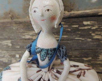 Queen Anne Mache Colonial Williamsburg Pin Cushion Doll OoAk