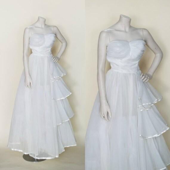 1950s Wedding Dress / Vintage Princess Wedding Gow