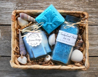 Spa Gift Basket-Beach Scents-Spa-Soy Candle-Ocean Breeze-Sea Breeze-Sea Kelp & Agave-Bath Salts-Shea Butter Soap