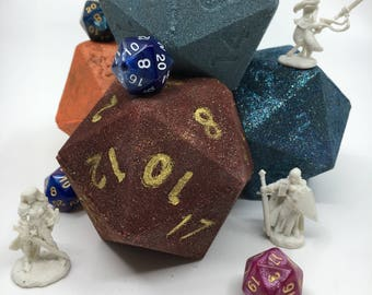 D20 Bath Bomb With a Surprise Inside! Find a dice or a Reaper mini!