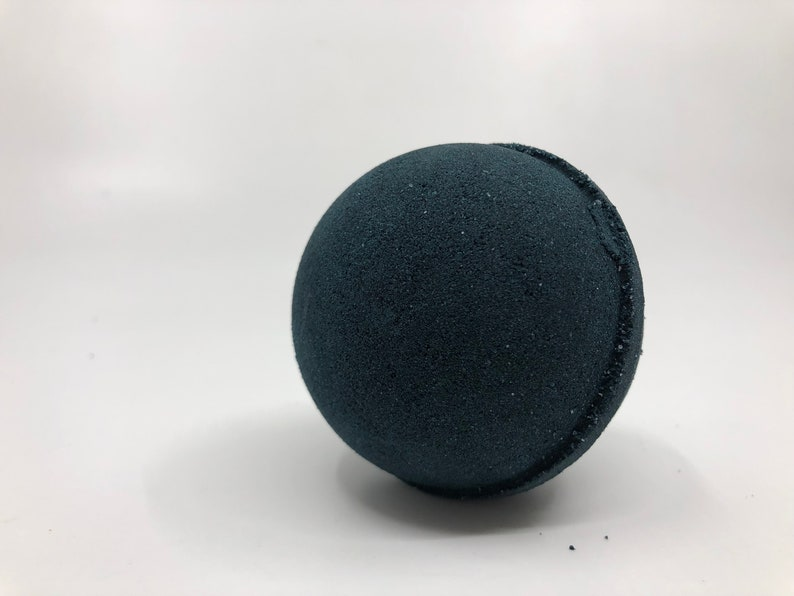 Black as Sin Bath Bomb WITH Charm Inside image 0