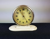 Vintage Art Deco Russian Bakelite Table or Desk Alarm Clock Wind Up 1930 39 s USSR Working