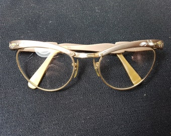 97729b82fc1 Vintage Women s Cat Eye Glasses Rose Gold Etched Metal Frames 1950 s -  1960 s Cateye Eyeglasses