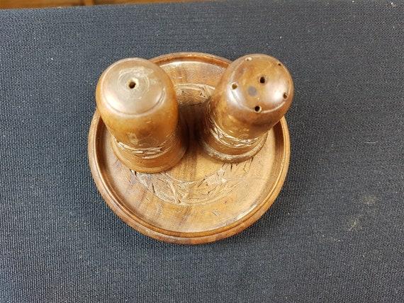 wooden felt serving set. Vintage 1970 wooden hand painted red apple and green clover cruet set Wooden salt and pepper shakers