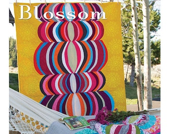 Blossom Sewing Card Quilt Pattern by Valori Wells VWD 412