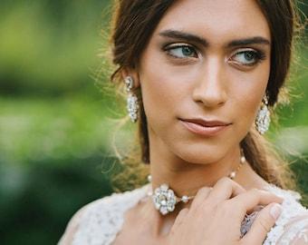 Gold Pearl Wedding Choker | Statement Necklace for Bride | Wedding Jewelry | Gold Choker Necklace | Bridal Jewelry | Fiorenza