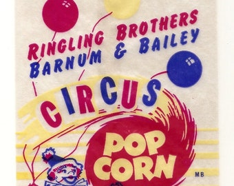 10 different Old 1950s plus Popcorn bags etc.Ringling Brothers Barnum Bailey Circus bag,Fresh Roasted Jumbo Peanuts, etc..