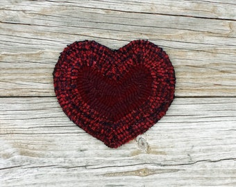 Hand Hooked Red Heart Coast - Primitive Rug Hooking Folk Art -Valentine's Day Decor (Free Shipping)