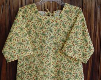 SIZE 6-8 The Mama San Mamasan Kappogi Full Coverage Smock Apron - Green Paisley on Yellow Print - Size X-Small (6-8)