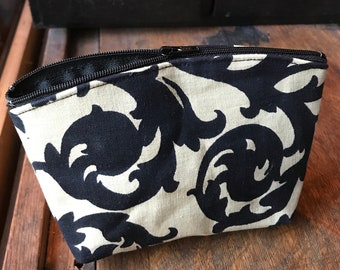 "Black and White Floral Cotton Print 7"" Pouch, Make Up Case, Cosmetic Bag"