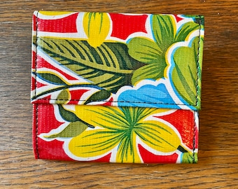 Love Shine Red Floral Mexican Oil Cloth French Purse Trifold Wallet