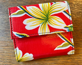 Red Floral Oil Cloth Trifold French Purse Wallet