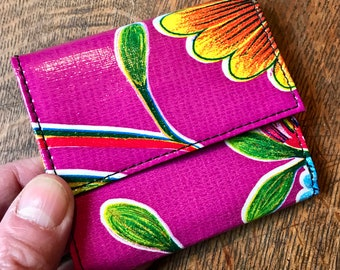 Love Shine Purple Floral Oil Cloth French Purse Wallet, Trifold Billfold Women's Vinyl Wallet