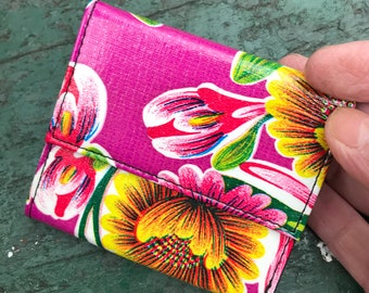 Love Shine Oil Cloth Purple Floral Billfold Wallet,  Women's Floral Vinyl Trifold Wallet