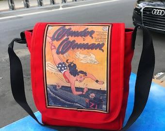 Vintage Wonder Woman Canvas Courier Bag, Red Canvas Crossbody Messenger Bag, Daybag
