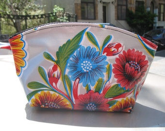 """Silver Floral Mexican Oil Cloth 7"""" Cosmetic Case, Oil Cloth Coin Pouch Accessory Case"""