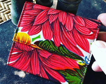 Red and Green Floral Oil Cloth French Purse Wallet, Vinyl Women's Trifold Wallet, Billfold
