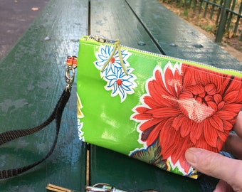 "Green Floral Mexican Oil Cloth 7"" Zippered Wristlet Pouch, Oil Cloth Swinger, Case"
