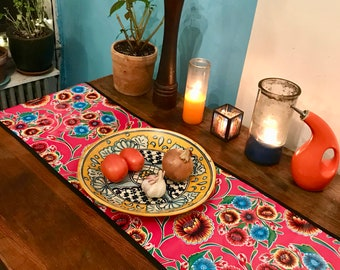 Reversible Floral Oil Cloth Table Runner, Table Mat