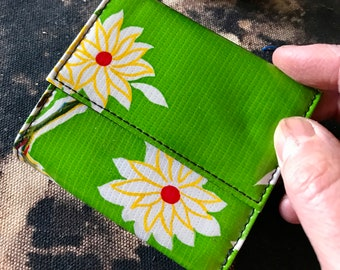 Oil Cloth Green Floral French Purse Wallet,  Women's Floral Vinyl Trifold Wallet