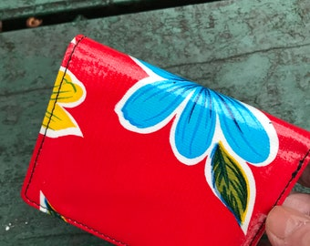 Red Floral Love Shine Oil Cloth Trifold Wallet, Vinyl Credit Card, Note Card Case