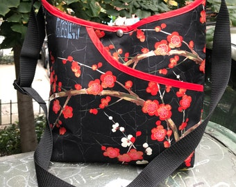 Asian Print Golden Plum Blossom Crossbody Market Bag, Black Red Floral Japanese Print Tote Bag