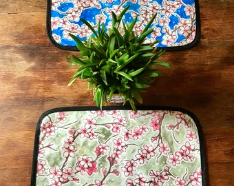 Set of 2 Reversible Cherry Blossom Oil Cloth Placemats, Table top mats