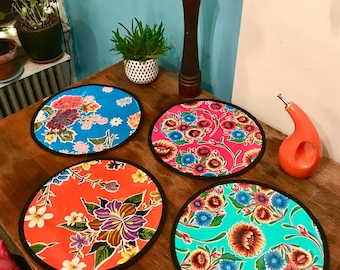 """Set of Two 15"""" Round Floral Oil Cloth Placemats, Table mats"""