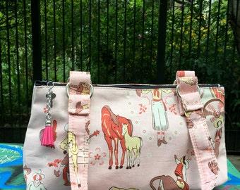 Pink Vintage Sweetheart Cowgirl Cotton Print Handbag, Love Shine Western Cowgirl Shoulder Bag