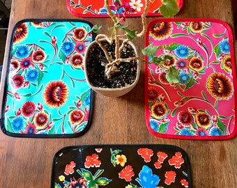 Set of 2 Floral  Reversible Oil Cloth Placemats, Table top mats