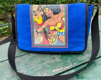 Wonder Woman Courier Bag,  Crossbody Canvas Comic Superhero Messenger Bag