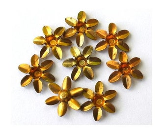 10 Flowers metal finding, vintage, 11mm