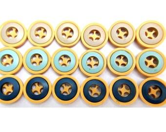 18 Vintage buttons, 3 colors, 18mm