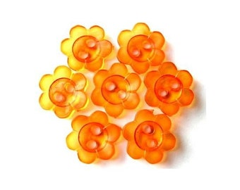 15 Buttons, flowers, orange, translucent, vintage, lucite,  beads for button jewelry, 10mm