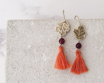 Sycomore leaf earrings, orange tassel, carnelian and brass, Leaf-Life collection, jewelry for Autumn