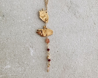 My heart in my hand amulet necklace, gold and pink necklace, natural sunstone, root of ruby, brass and pink glass beads