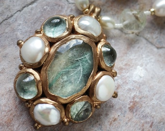 Mint green textured glass cabochon and pearls oval pendant (N-4965)