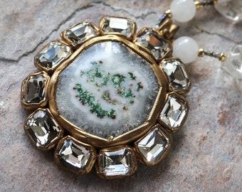 White-green solar quartz and crystal rhinestones round pendant (N-4620)