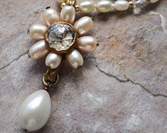 Feshwater pearl and rhinestone flower shaped pendant with a drop pearl (N-5093)