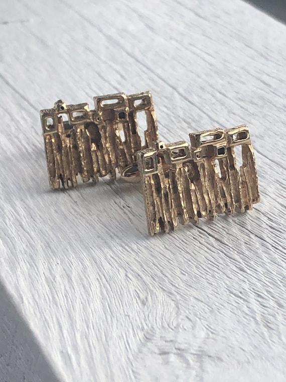 Vintage Gold Tone Modernist Cuff Links