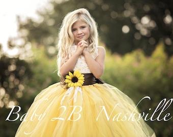1d3578b0ee724 Yellow Sunflower Dress Yellow Dress Lace Dress Tulle dress Wedding Dress  Birthday Dress Toddler Tutu Dress Sunflower Girls Dress