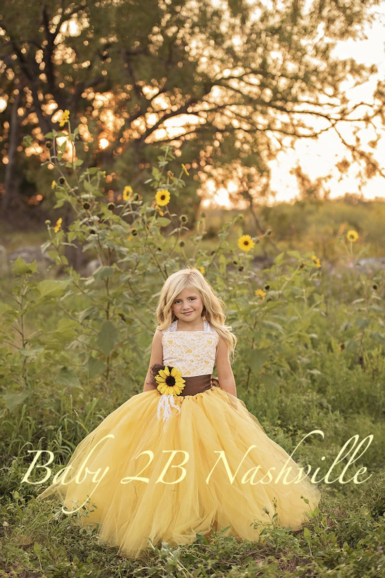 f31270fe77caa Flower Girl Dress Yellow Sunflower Dress Yellow Dress Lace Dress Tulle  dress Wedding Dress Toddler Tutu Dress Sunflower Girls Dress