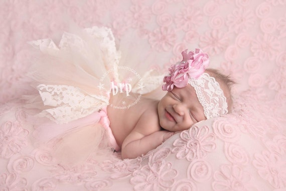 Lace Newborn Baby Tutu Set in Pink and Cream