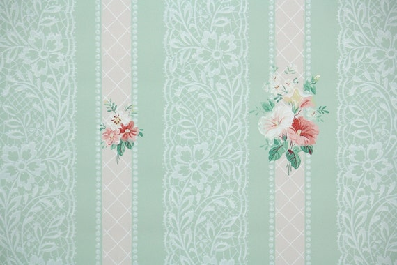 1940s Vintage Wallpaper Pink Flowers On Pastel Green With