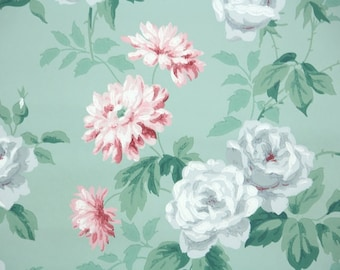 1940s Vintage Wallpaper by the Yard - Floral Wallpaper with Gray Roses and Pink Flowers on Green