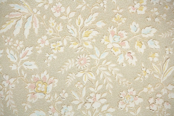 1920s Vintage Wallpaper Antique Floral White Pale Pink And Yellow